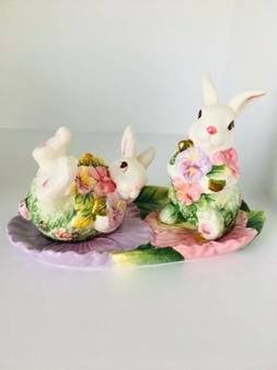 Easter Bunny Corner Ruby Spring Collection Salt Pepper Shake