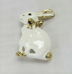 Easter Rabbit Bunny Pin Brooch Gift Box