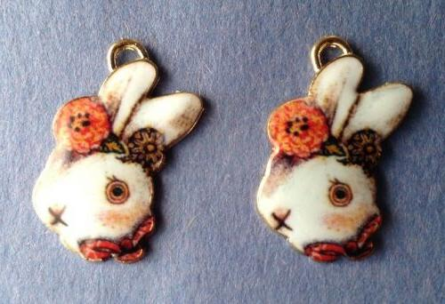 2 ENAMEL EASTER🐰BUNNY RABBIT CHARMS - JEWELRY, CRAFTS, SC