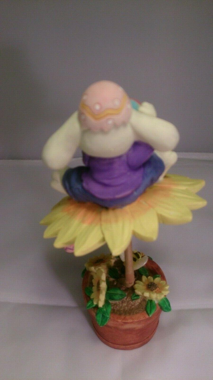 "7"" Bunny ceramic figurine decor"