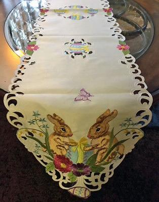 Easter & Spring Decor Table Runner Vintage Style Easter Bunn
