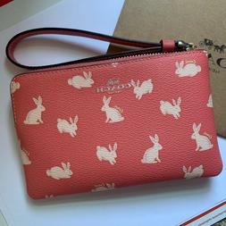 New $68 COACH Bunny Rabbit Coral Leather Wristlet BAG Corner